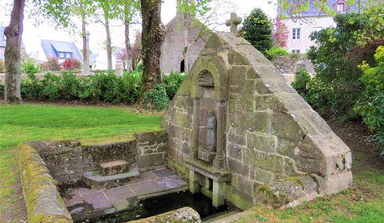 La fontaine et le lavoir de Kerellon
