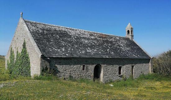 Stèle et Chapelle Saint Guévroc