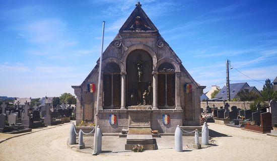 Monument aux morts du Cimetière
