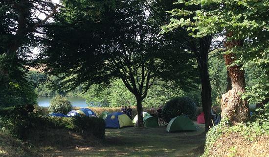Camping au Lac du Drennec