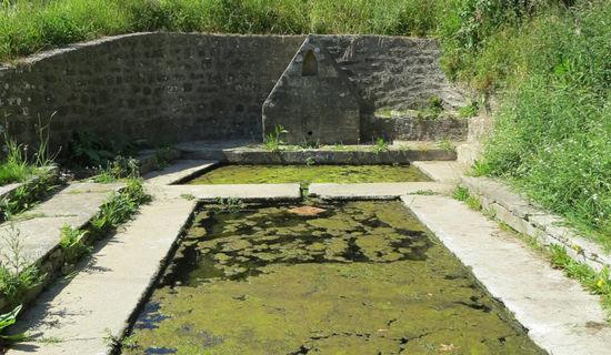 La fontaine et le lavoir de Kerlaudy