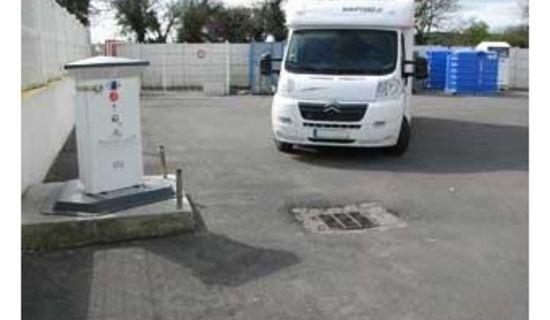 Parking Intermarché - Aire de services avec une aire de stationnem
